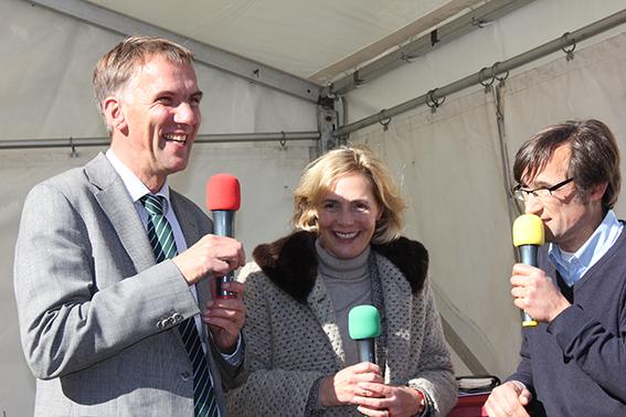 Schirmherren Bischof Janssen und Stadtbaurätin Frau Niessen